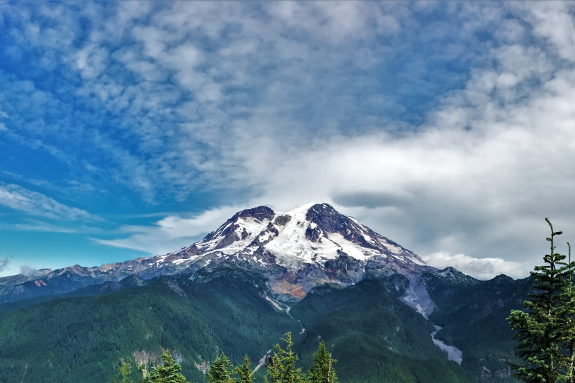 Hiking to Lake George at Mount Rainier NP: Boring to Beautiful, A Trail's Tale