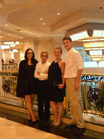mom and three kids in vegas